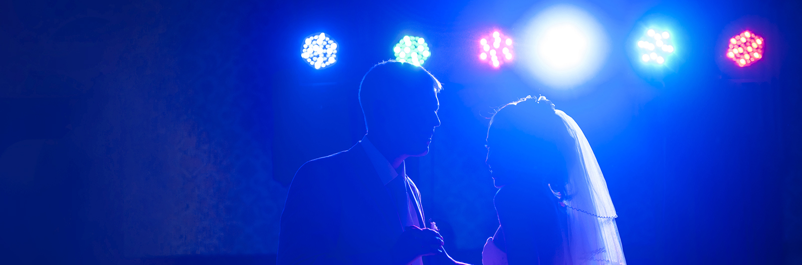Green Bay & Fox Cities best choice for DJ, Photo Booth & Uplighting!